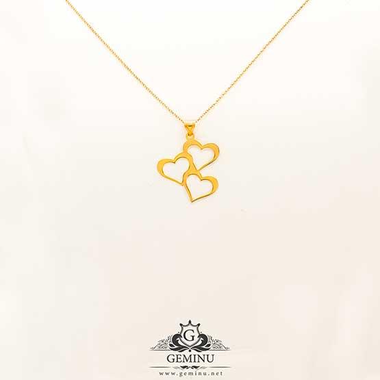 آویز طلا سه قلب | پلاک طلا سه قلب | پلاک طلا قلب | آویز طلا قلب | آویز طلا سبک | گردنبند طلا قلب