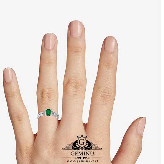 انگشتر طلا زمرد   انگشتر طلا با نگین زمرد   انگشتر طلا سفید زمرد   انگشتر طلا سفید برلیان