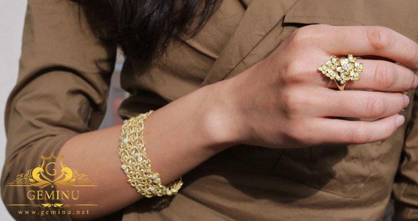 انتخاب دستبند طلا مناسب